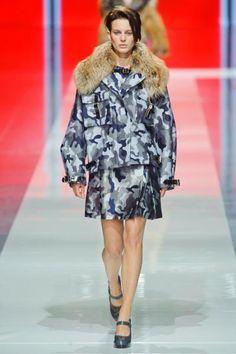 Christopher Kane. London Fashion Week Fall 2013.