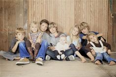 family of 8 kids