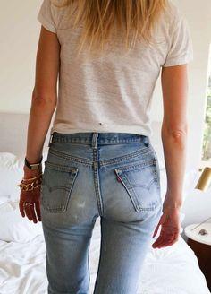 Jessica De Ruiter // sheer white tee & vintage Levis' jeans #style #fashion #denim
