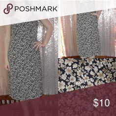 ☄BOGO FREE☄90's STYLE SLIP DRESS Pretty floral 90's style old navy dress, size medium. Old Navy Dresses Midi