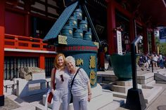 Marg Helgenberger and her Mom in Tokio (em)