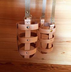 #レザークラフト #レザー #革 #レザー ドリンクホルダー#鹿児島レザー #鹿児島ハンドメイド #ドリンク やっと完成‼︎ 5つ作りました。 お出掛けの時はお洒落に飲物持ちませんか^_^