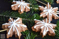 Royal Icing, Biscotti, Gingerbread Cookies, Diy And Crafts, Sweet Tooth, Bacon, Food And Drink, Thanksgiving, Christmas Ornaments