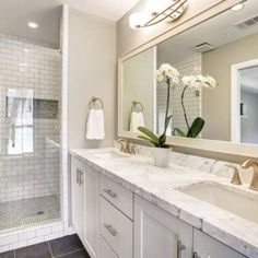 Get the durable options for your bathroom vanity cabinets. At GEC Cabinet Depot, we offer the best quality solid wood bathroom vanities with amazing durability. #bathrooms #interiordesign #bathroomdesign #bathroom #design #bathroomdecor #bathroomideas #interior #geccabinetdepot Shower Cabinets, White Bathroom Cabinets, White Shaker Cabinets, Wood Bathroom, Master Bathroom, Discount Bathroom Vanities, Bathroom Trends, Bathroom Ideas, Bathroom Designs
