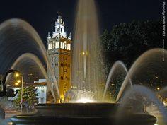 JC Nichols Fountain and The Country Club Plaza, Kansas City, MO, USA #KCMO