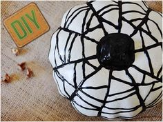 DIY Pumpkins : DIY: Puffy Paint Pumpkins: DIY Halloween decor: DIY Halloween crafts