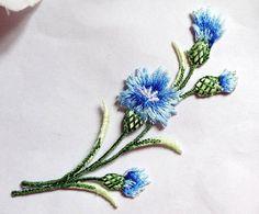Iron On Patch Appliques - Flower Spray -blue Är detta Blåklint vill jag ha pga östergötlands landskapsblomma :')