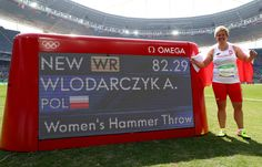 Anita Wlodarczyk of Poland celebrates placing first in the Women's Hammer Throw final and setting a new world record of 82.29 on Day 10 of the Rio 2016 Olympic Games at the Olympic Stadium on August 15, 2016 in Rio de Janeiro, Brazil.