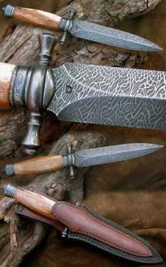 Damascus dagger by Peter Dohnal Son Cool Knives, Knives And Tools, Knives And Swords, Types Of Knives, Damascus Blade, Damascus Knife, Damascus Steel, Sword Sheath, Dagger Knife