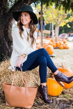 fall outfit in pumpkin patch