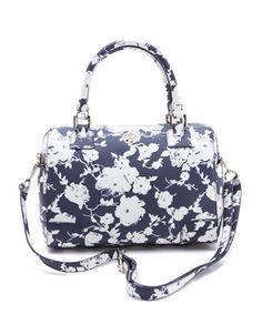 Tory Burch Robinson Middy Satchel. Cute Handbags e7a939f980b7f