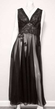 Lady Leonora Sensual Sheer Nylon Nightgown Size 38 473e5b3aa