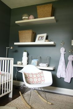 Love the color of this room: Benjamin Moore Dark Pewter