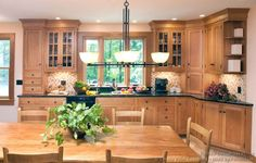 Discover of the historic appeal of Shaker kitchen cabinets in this report revealing door styles, design ideas, and a complete photo gallery.