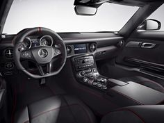SLS AMG GT - Interior. Fuel consumption combined: 13,2 l/100km, CO2 emissions combined: 308 g/km. #MBCars