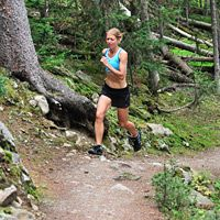 GOING UP  What two trail masters have to say about improving your hill running.  By Lisa Jhung