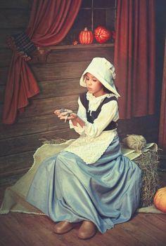 Магазин открыток cardinbox.ru - Почтовая открытка с героиней сказки «Золушка»