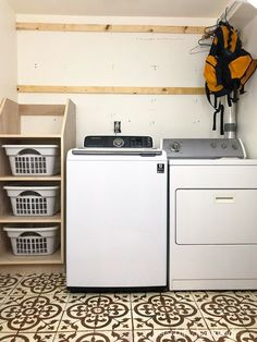 Organize your laundry room with this stackable laundry basket storage. This easy to build shelf unit is the perfect laundry basket organizer. Stackable Laundry Baskets, Laundry Basket Shelves, Laundry Basket Holder, Laundry Basket Dresser, Laundry Basket Organization, Laundry Room Organization, Laundry Room Design, Laundry Hamper, Storage Baskets