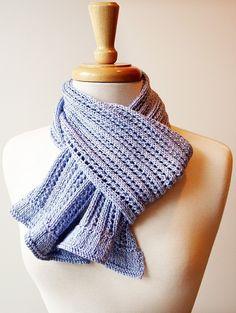 Knitting Pattern - Meringue Lace Scarf. Designer: Elena Rosenberg