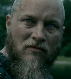 Vikings King Ragnar, Travis Vikings, Vikings Season 4, Ragnar Lothbrok Vikings, Vikings Tv Series, Travis Fimmel, Jon Snow, Culture, Royals