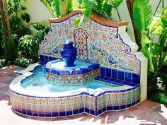Intricate tile designs to inspire your next outdoor patio project! - Intricate tile designs to inspire your next outdoor patio project! Patio Fountain, Outdoor Wall Fountains, Fountain Design, Garden Fountains, Hacienda Homes, Hacienda Style, Spanish Style Homes, Spanish House, Spanish Colonial