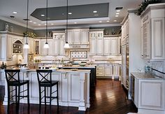 toll brothers kitchen | Toll Brothers Southeast Florida Design Studio, Florida
