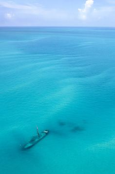 Shipwreck near the Dry Tortugas National Park, 70 miles west of Key West. Dive at a shipwreck would be cool. The Places Youll Go, Places To See, Marla Singer, Magic Places, Santorini, Dry Tortugas, Abandoned Ships, Station Balnéaire, All Nature