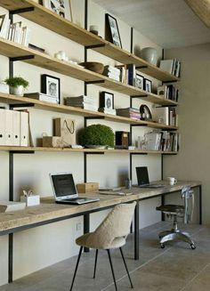 Botton shelf as desk. Love.