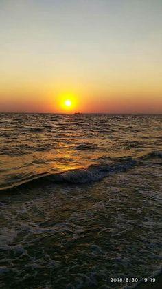 Beautiful! Beautiful Sunset, Beautiful Beaches, Beautiful World, Cool Pictures, Cool Photos, Beautiful Pictures, Sky Sunset, Photo D Art, Quelques Photos