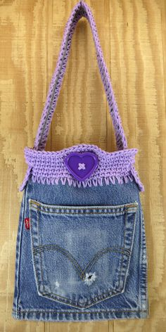 Is there a better, more useful way to recycle an old pair of jeans. I dont think so. This purse is made from a blue jeans leg so Im calling it a LEG