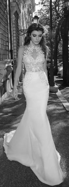 Julie Vino Bridal Spring 2017 - Roma Collection Wedding Dress - Belle The Magazine Cheap Wedding Dress, Dream Wedding Dresses, Bridal Dresses, Wedding Gowns, Bridesmaid Dresses, Tattoo Wedding Dress, Jenny Packham, Wedding Gallery, Bridal Collection