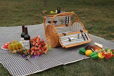 Large round wicker basket outdoor crafts send tableware, tote picnic bag picnic mat Food portable basket