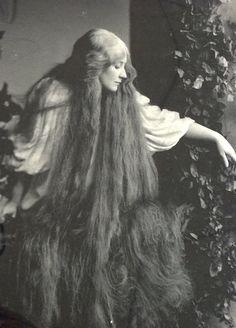 """Mary Garden as """"Melisande"""" in Pelleas & Melisande - Davis & Eickemeyer…"""