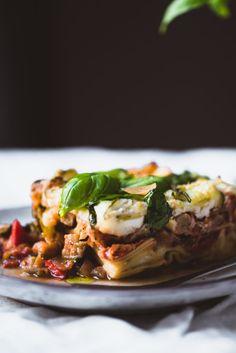 Vuohenjuusto-kasvislasagne – Viimeistä murua myöten Baked Potato, Pasta, Beef, Dinner, Baking, Ethnic Recipes, Jenni, Food, Lasagna