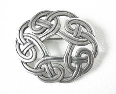 Vintage James Avery Sterling Silver Celtic Knot Brooch Pin.