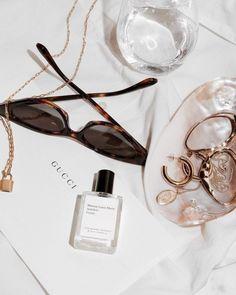 jewellery perfume art photography black white designer home decor pretty chic elegant fashion beauty Cream Aesthetic, Boujee Aesthetic, Aesthetic Collage, Aesthetic Vintage, Aesthetic Photo, Gold Sunglasses, Retro Sunglasses, Sunglasses Accessories, Sunnies