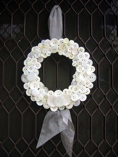 White Button Wreath.  Craft With What You Already Have: 10 DIY Wreaths