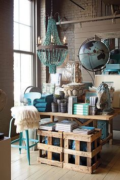 Lovely Gray & Aqua...great example ofcolor scheme along with glam and natural elements.