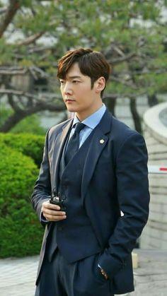 Choi Jin Hyuk, Dragon Heart, Formal Suits, Man Candy, Korean Actors, Dancers, Kdrama, Musicians, Netflix