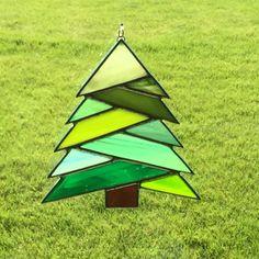 Ornamento de catcher de sol de vidrio por FoxStainedGlass en Etsy