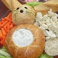 Food Art have fun with food:  http://myhoneysplace.com/food-art-pictures/