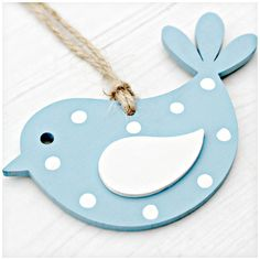 Polka by LucyMadeMe Diy Crafts For Home Decor, Wood Crafts, Arts And Crafts, Clay Art Projects, Wooden Projects, Handmade Home, Clay Cross, Bird Template, Wooden Christmas Decorations