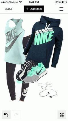 Nike Thea Vert Carbone