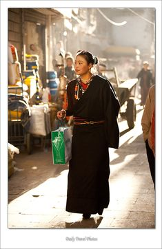 Tibetan woman on the Barkhor - Lhasa