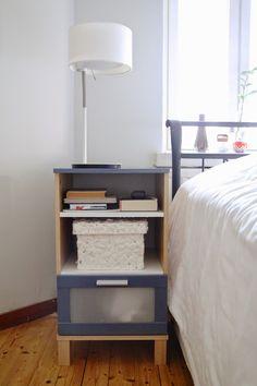 Sisätiloissa - DIY: Yöpöydän uudet värit. Lue koko kirjoitus: http://sisatiloissa.blogspot.fi/2014/11/diy-yopoydan-uudet-varit.html #sisustusniksit