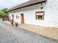 Pembrey Hot Tub Cottage Pets Welcome, Carmarthenshire Steep Staircase, Electric Oven And Hob, Pub Bar, Central Heating, Private Garden, Double Beds, Stables, Open Plan, Ground Floor