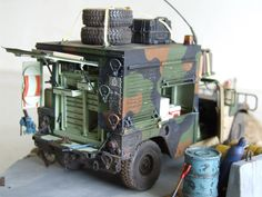 M1097A2 HMMWV SECM (Shop Equipment, Contact Maintenance) http://www.humvee-models.com/viewtopic.php?f=4&t=1536&p=31008#p31008