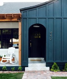 How To Choose An Exterior Paint Color + Our Favorite Shades AND Combos - Emily Henderson Green Exterior Paints, Exterior Paint Colors For House, Paint Colors For Home, Exterior Colors, Exterior Paint Ideas, Green House Paint, Outside House Colors, Outside Paint, Dark Paint Colors