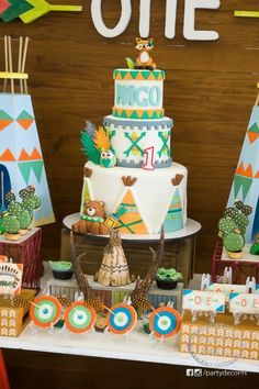 Migo's Fun Tribal and Woodland Party Will Brighten Your Day! Indian Birthday Parties, Birthday Themes For Boys, Wild One Birthday Party, Baby Boy 1st Birthday, First Birthday Cakes, First Birthday Parties, Birthday Celebration, Indian Party, Woodland Cake