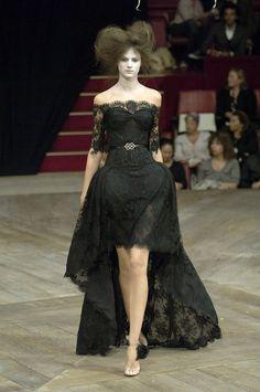 """Alexander McQueen Spring/Summer 2007 """"Sarabande"""" collection."""